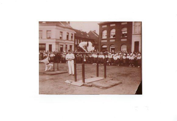 foto Turndemonstratie Sint Franciscusplein 1925