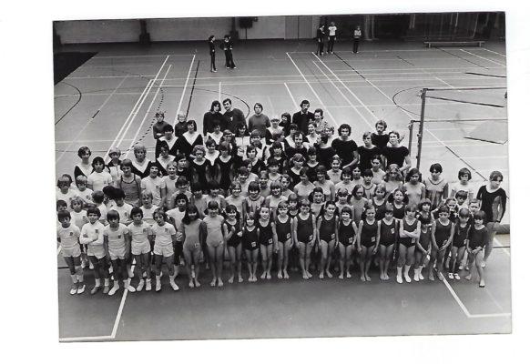 100 Turngala 1977